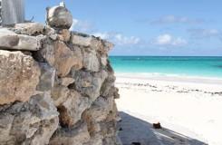 private beach cat island bahamas