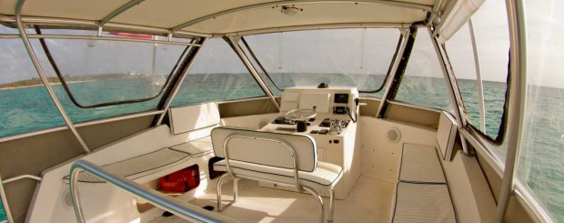 flybridge on epic diving boat thresher
